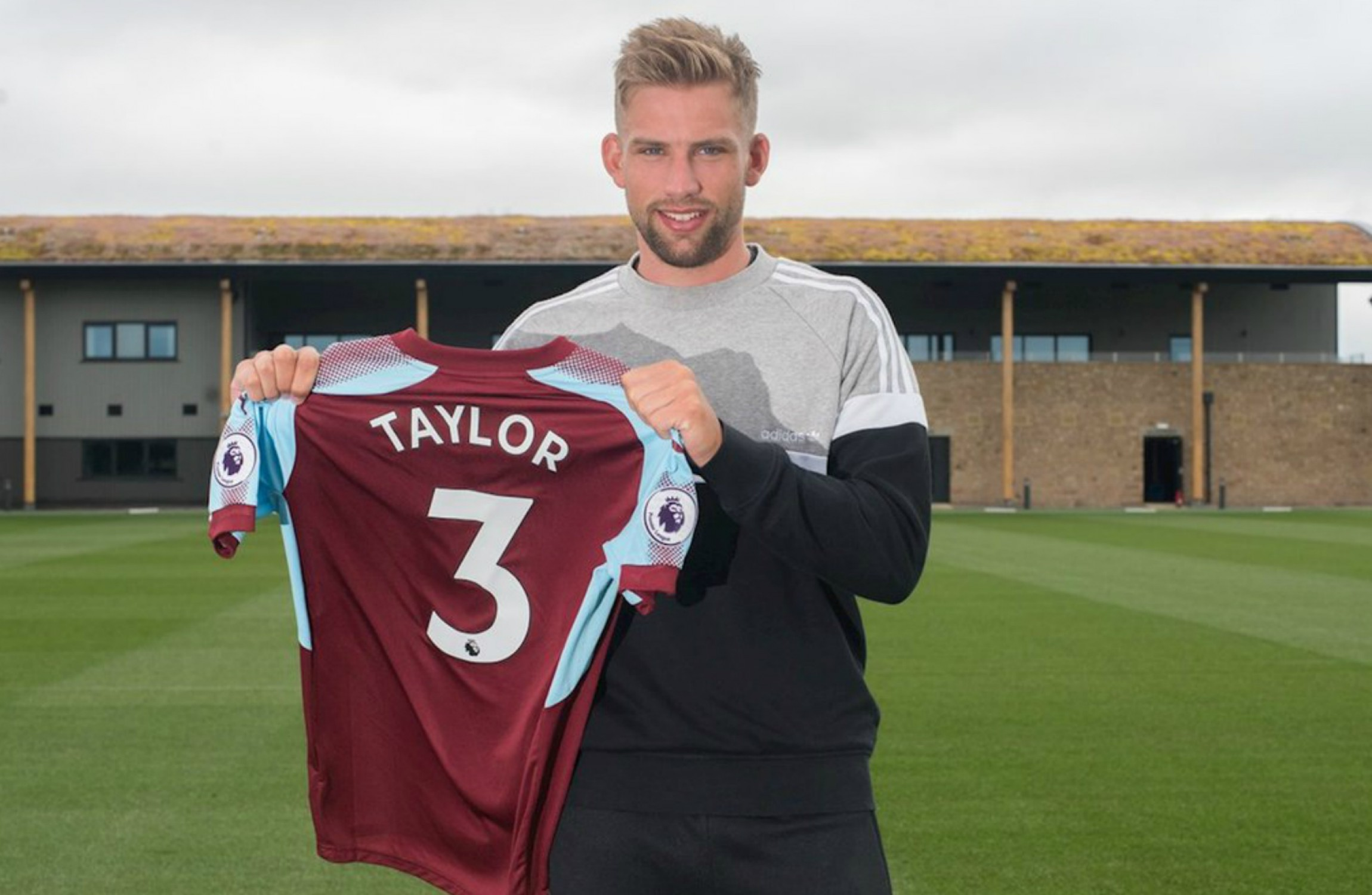 Burnley sign left-back Charlie Taylor from Leeds United