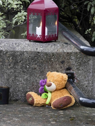 Child (3) dies from 'suspected knife wounds' in south Dublin