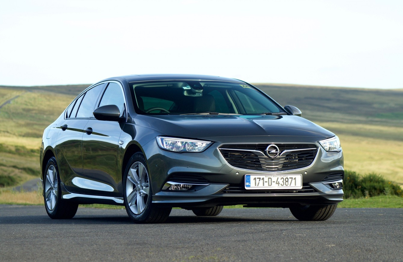 review the new opel insignia grand sport offers comfortable cruising at a decent price. Black Bedroom Furniture Sets. Home Design Ideas