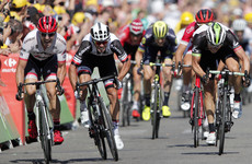 Crosswinds cause havoc as Dan Martin's yellow jersey chances blown off course