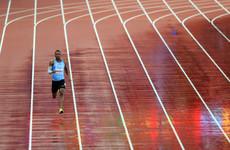 Isaac Makwala's bizarre solo run sees him reach 200m semi-final