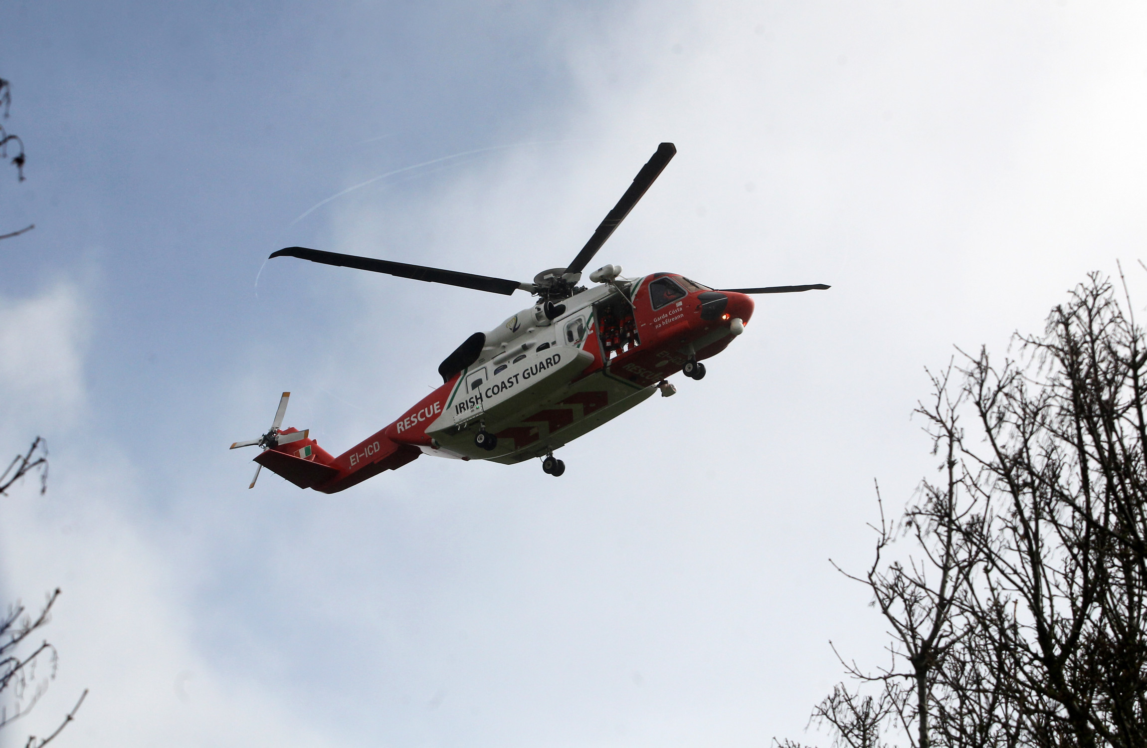 Search continues for missing diver in Donegal