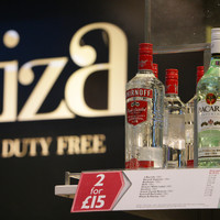 Ryanair wants UK airports to restrict alcohol sales after a spike in boozy travellers