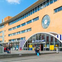 Man arrested in Dutch radio station after taking woman hostage over car park argument