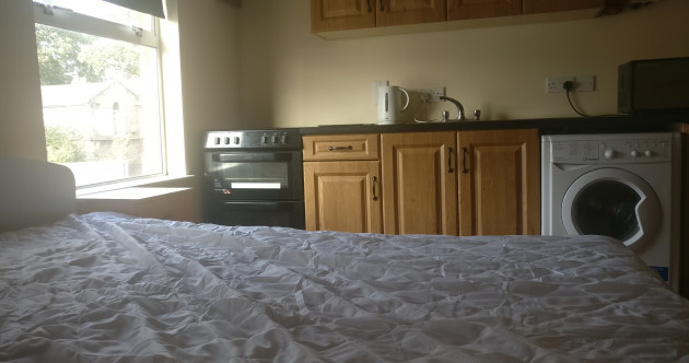 Almost €1000 a month for a room where the bed is next to the oven: Trying to find a place to live in Dublin