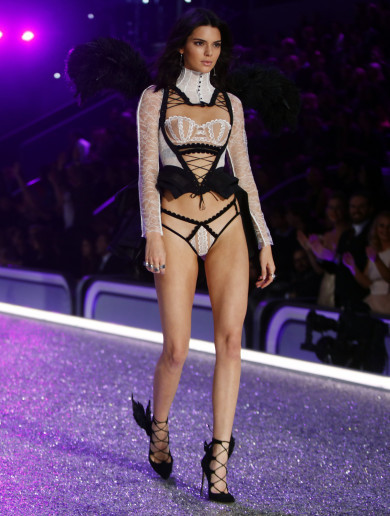 8 alternative angels for the Victoria's Secret fashion show