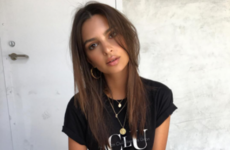 Emily Ratajkowski is raging at Aer Lingus on social media for losing her bags