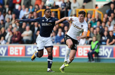 Young Irish defender rewarded with 4-year contract by Leeds after first-team breakthrough