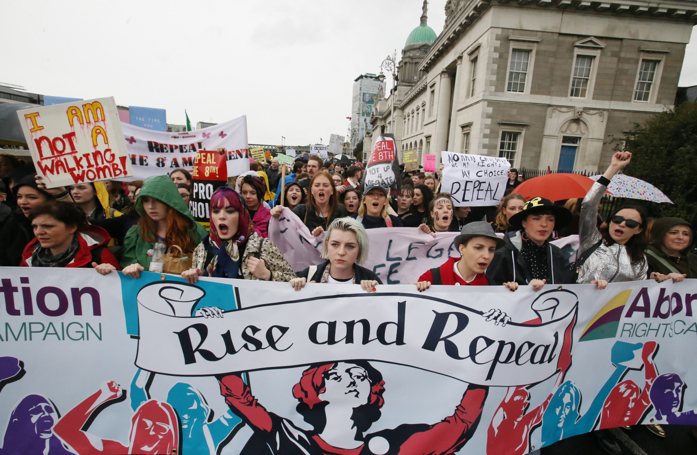 Thousands protest Irish abortion laws
