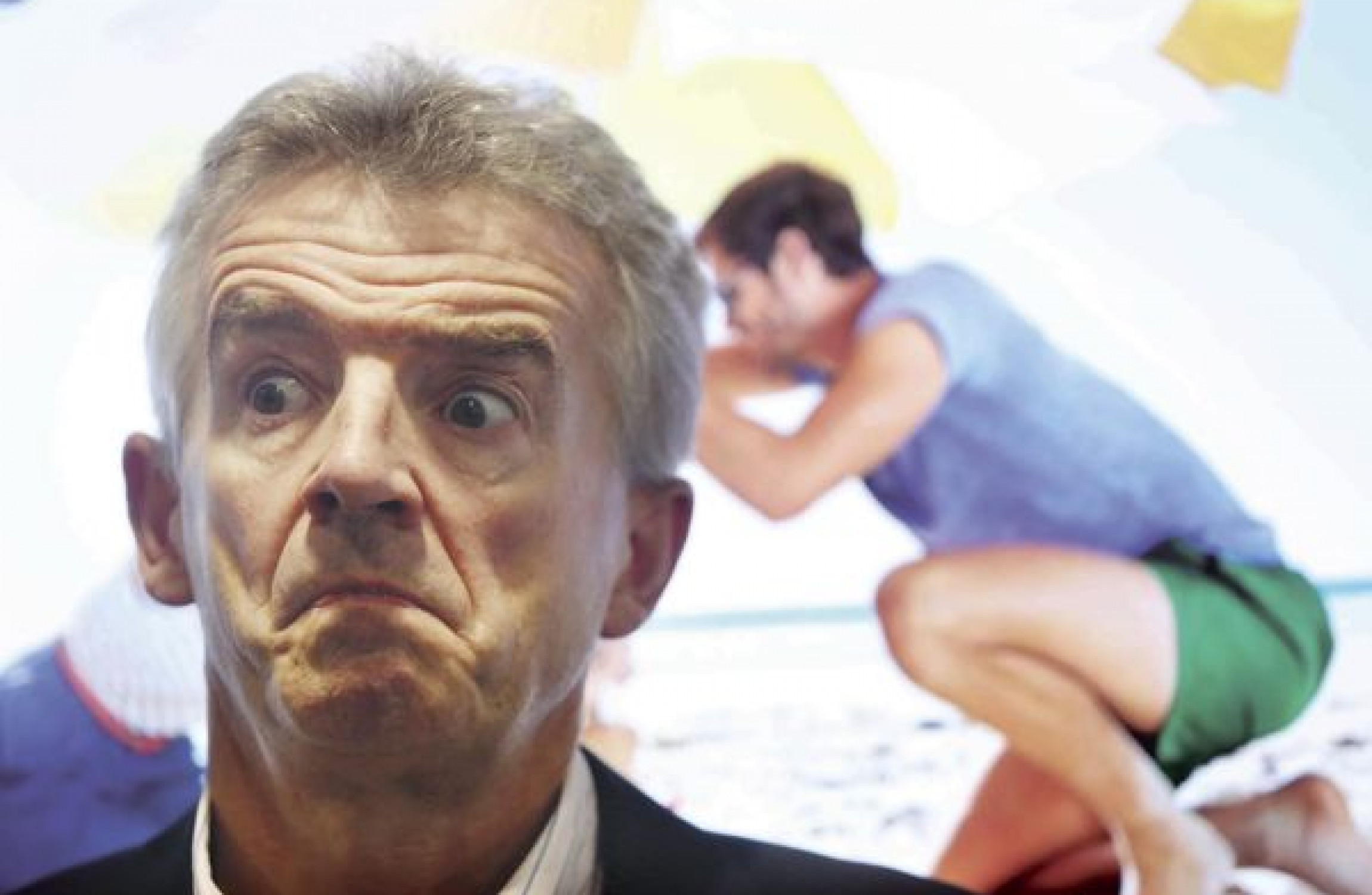 Ryanair boss Michael O'Leary 'promises pilots better pay to stay'