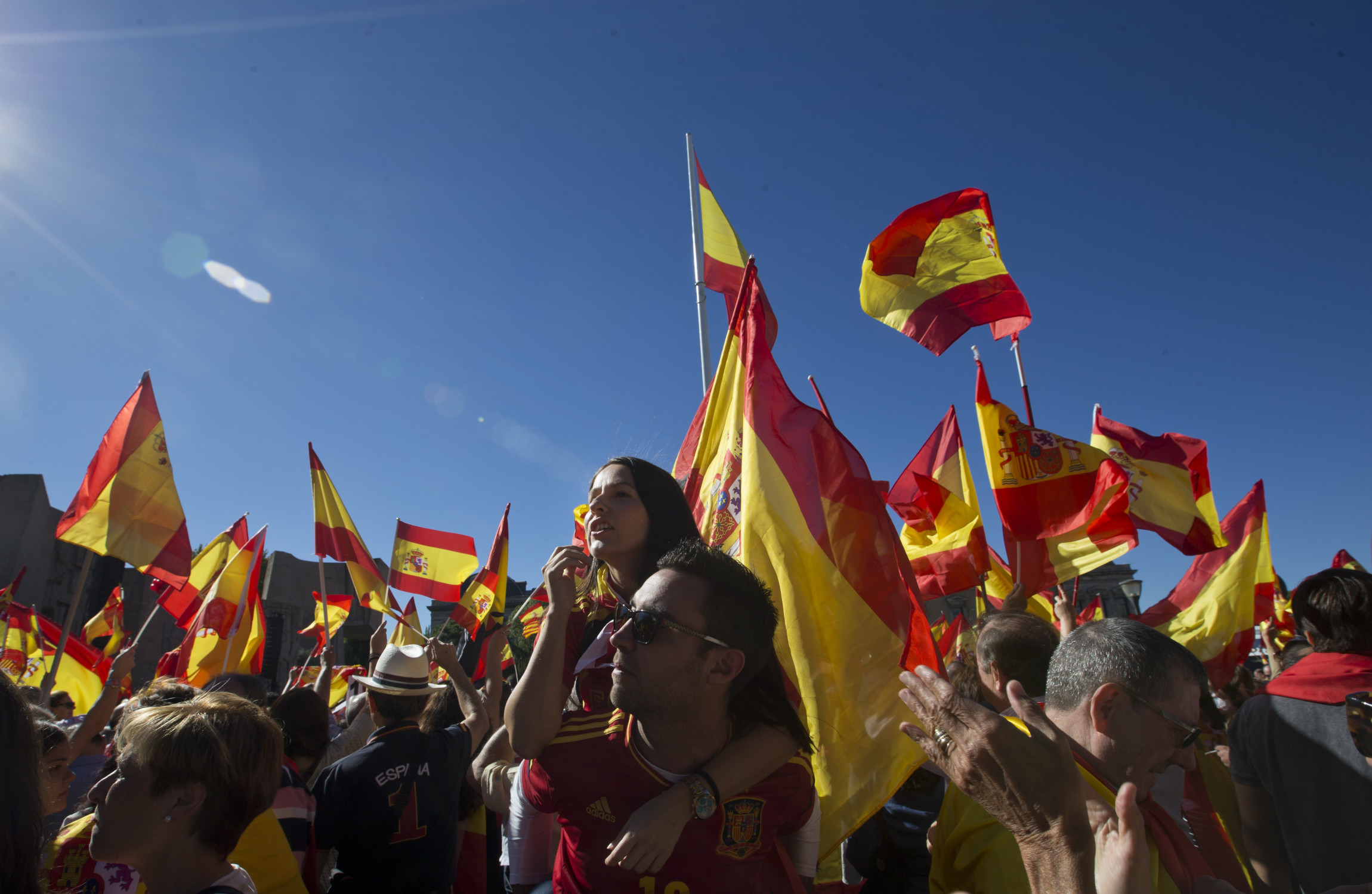 rajoy you wuss defend the nation u0027 thousands protest in madrid