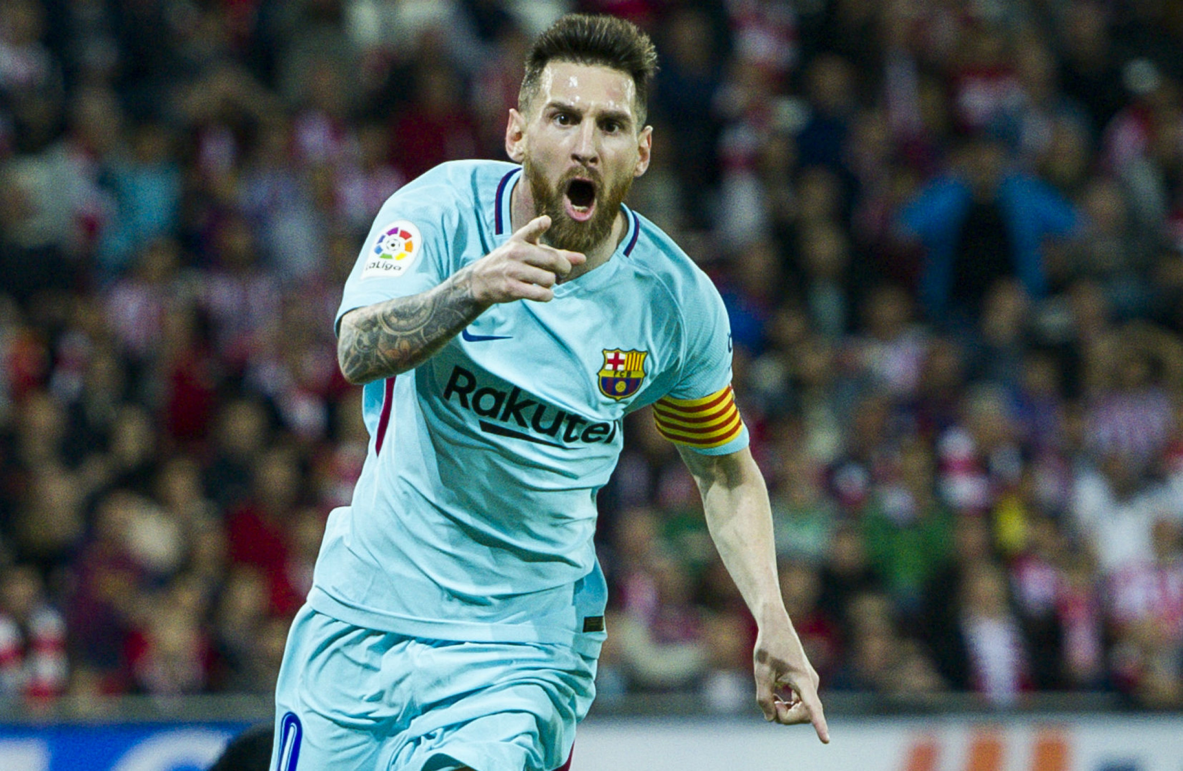 Lionel Messi, Paulinho fire Barcelona past Athletic Bilbao