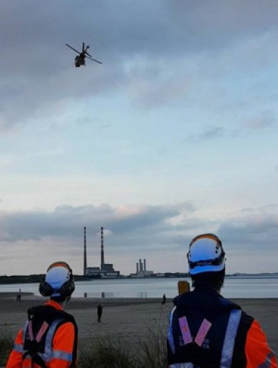 Two people cut off by rising tide in Sandymount rescued by RNLI