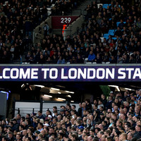 Police urge West Ham fans not to dial 999