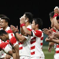 Stuttering France held by impressive Japan