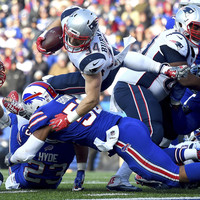 More milestones for Tom Brady as the Patriots aren't pretty but get job done against Buffalo