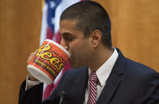 US regulator votes to scrap net neutrality rules
