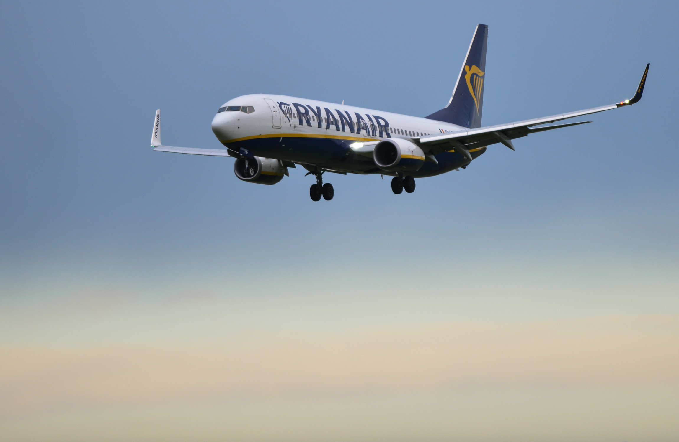 Ryanair shares trade lower as airline confirms Union recognition in writing