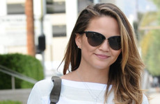 Chrissy Teigen's flight to Tokyo had to do a u-turn after 4 hours so she live-tweeted the whole thing
