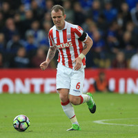 Stoke missing Glenn Whelan, Mourinho's lack of class and more Premier League talking points