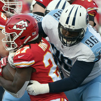 Marcus Mariota throws a touchdown to himself as Chiefs blow an 18-point lead