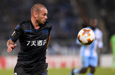 Wesley Sneijder completes move to Qatar after refusing offers 'from everywhere'