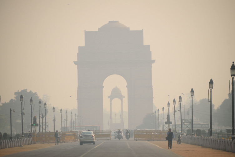 Delhi, India covered in heavy smog in November 2017