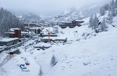13,000 tourists trapped in Swiss ski resort after heavy snowfall