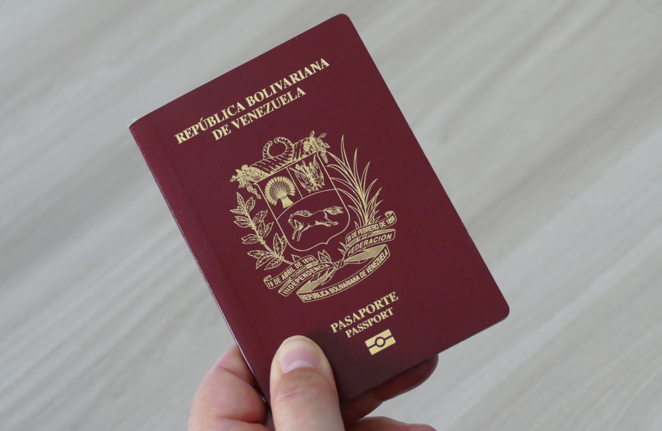 Dozens of venezuelans stranded in ireland as maduros government thousands of venezuelans across the world have been waiting on new passports for over a year falaconquin