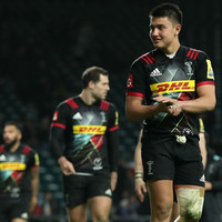 18-year-old English star out-half signs first pro deal with 'Quins