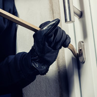 Appeal launched after homeowner 'put in noose and dragged around' his home by burglars