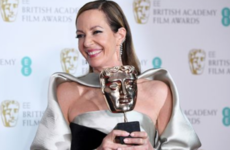 Allison Janney stuck up for Kate Middleton when Twitter went for her BAFTA dress yesterday