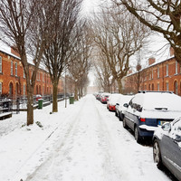 Met �ireann issues red alert for Munster and Leinster, warning of 'blizzard-like' conditions
