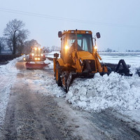 Drivers warned about snow and ice falling onto road as clean-up continues