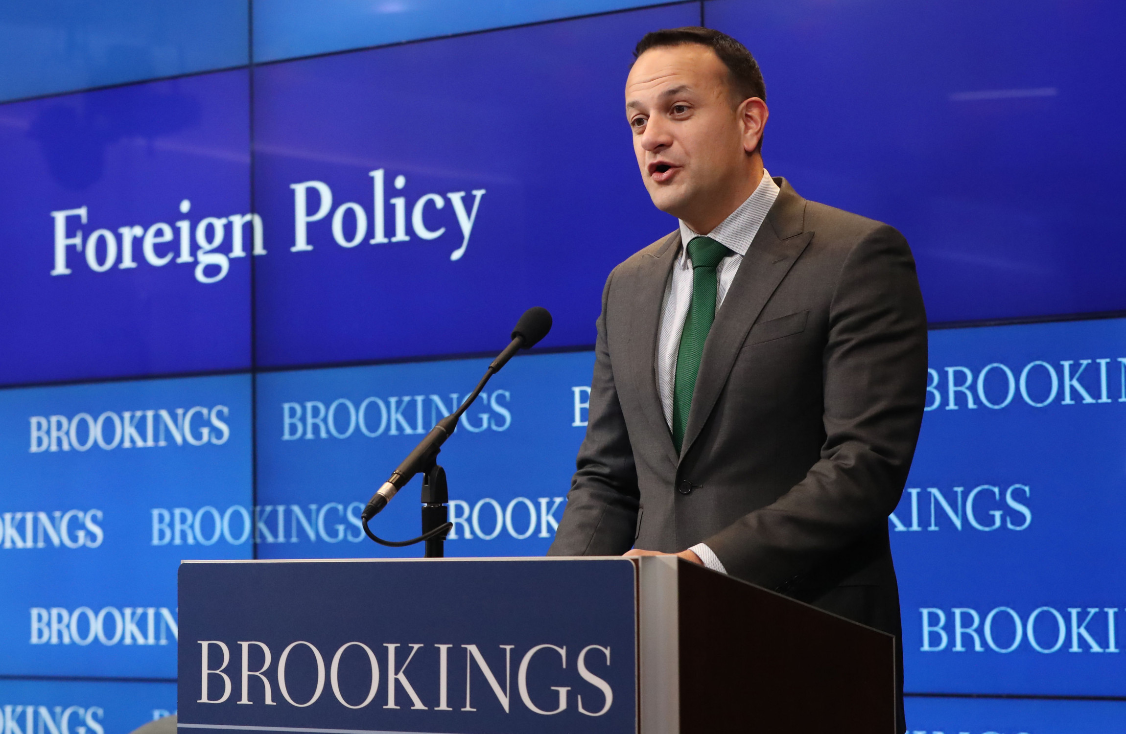 Pence criticized for excluding media from breakfast with gay Irish PM