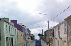 Lisdoonvarna locals say they'll welcome 30 asylum seekers next week ... but no more than that