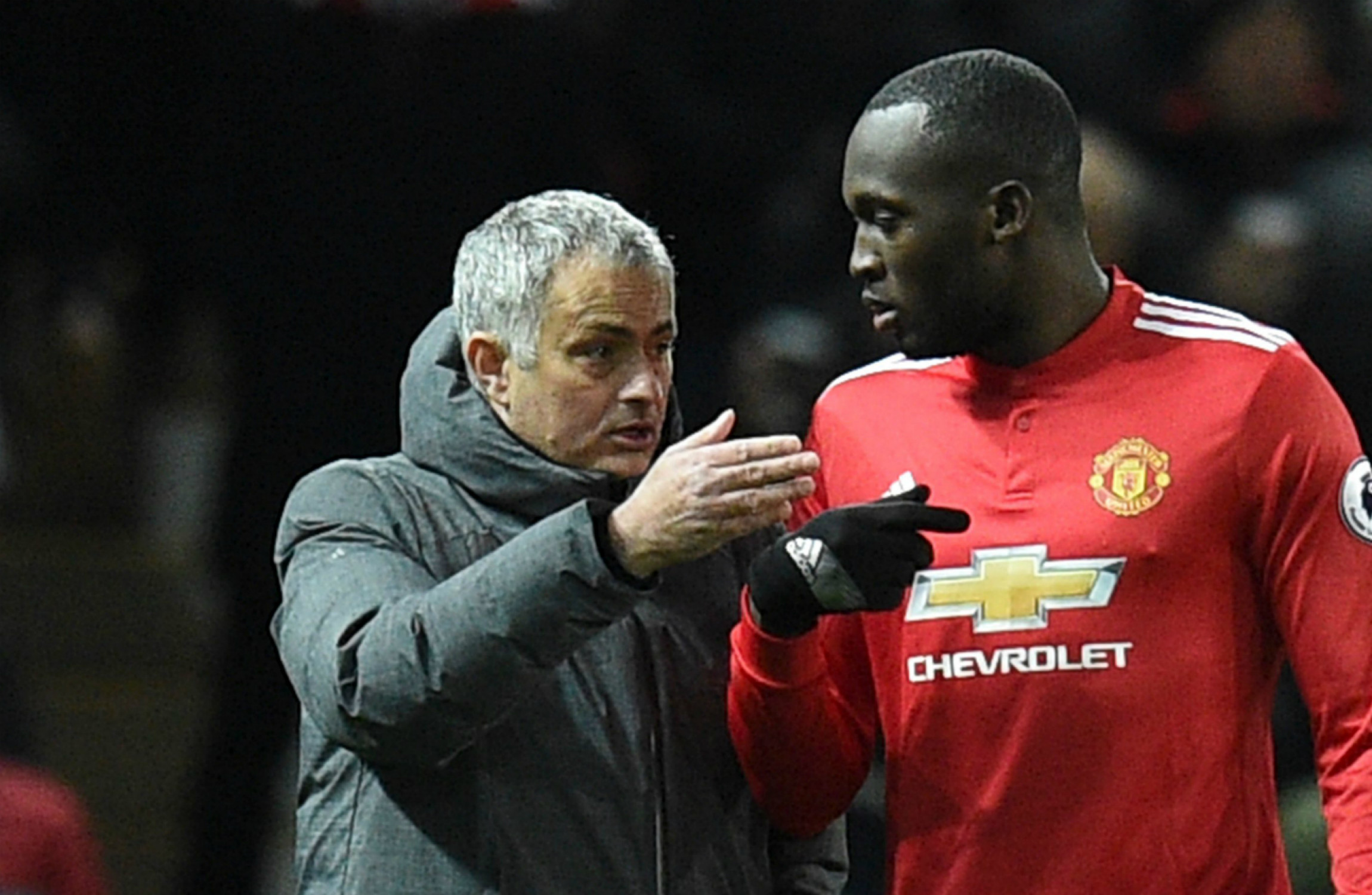 Romelu Lukaku in conversation with Jose Mourinho