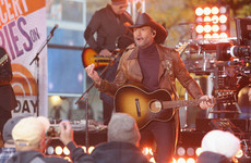 Country star Tim McGraw collapses during Dublin gig