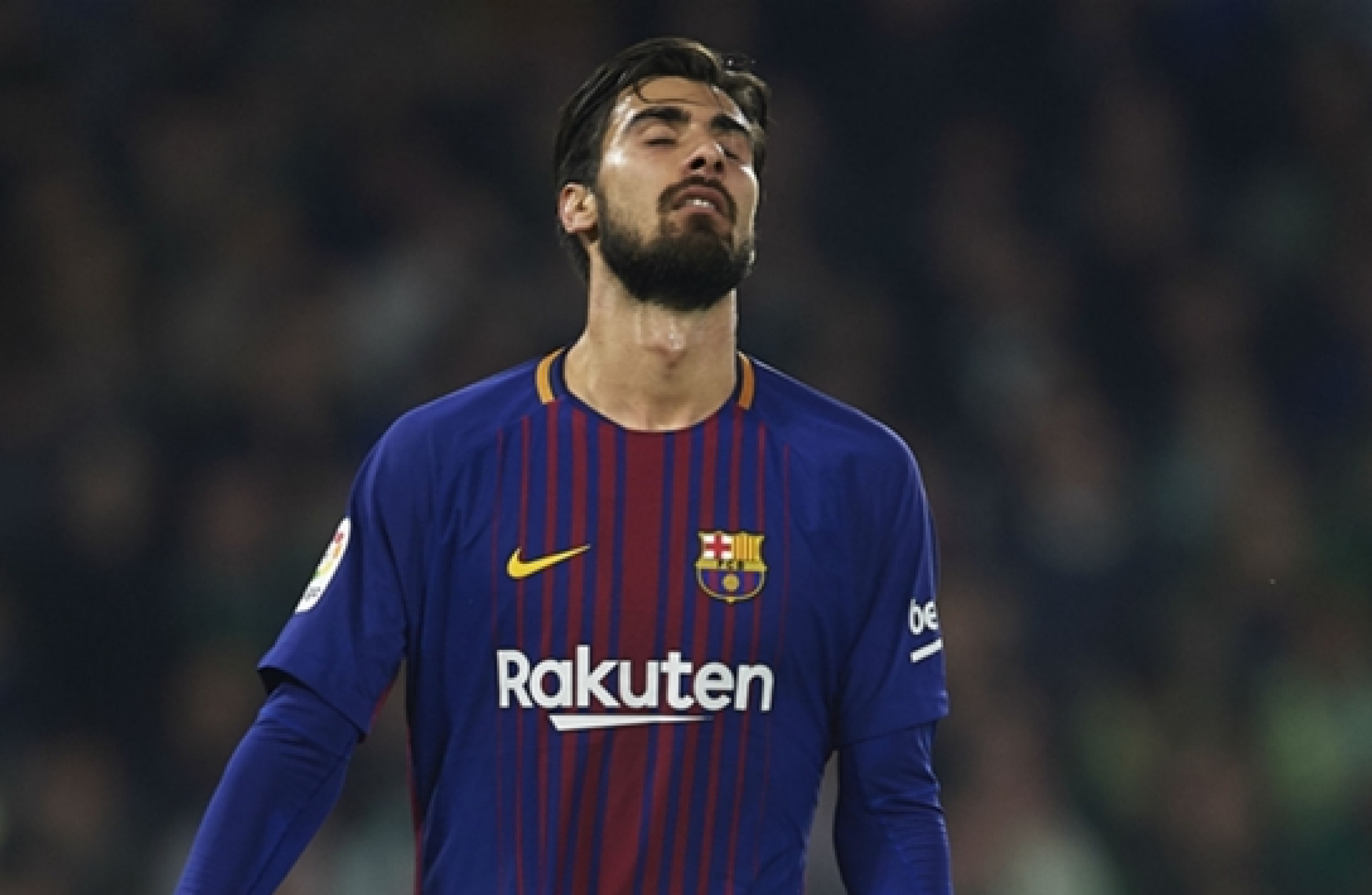 Gomes 'too ashamed to leave house' after Barca criticism