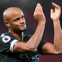'It's a once in a lifetime opportunity' � Kompany eyes title win against Man United