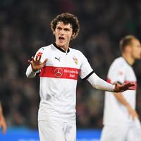 Stuttgart 'wouldn't even open door' to �30m bid for Spurs and Liverpool target