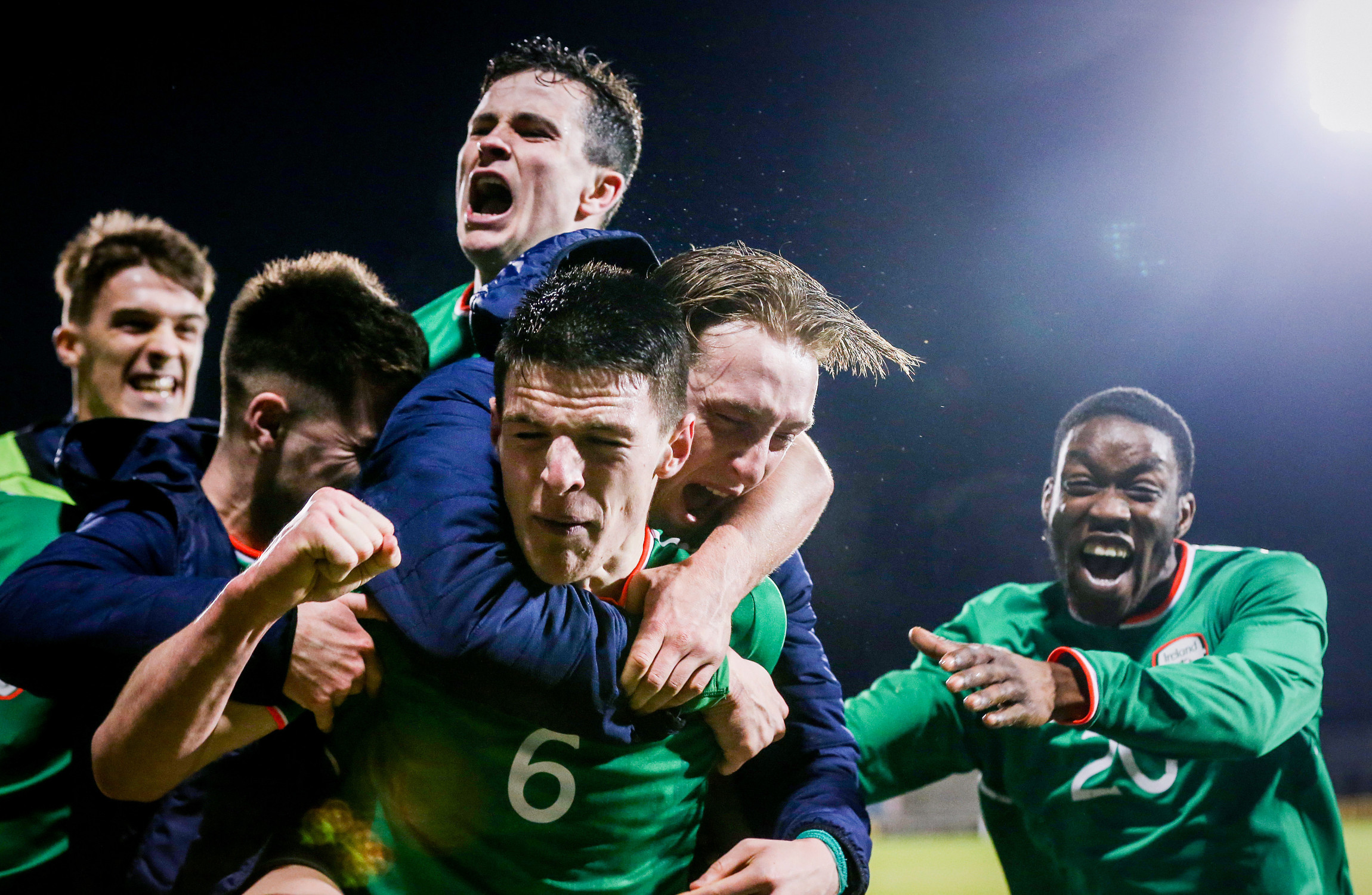 Wild celebrations as Ireland U21s snatch dramatic win
