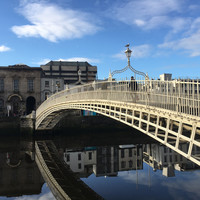 Dublin's Lord Mayor defends placing massive 'Up the Dubs' banner on Ha'penny Bridge