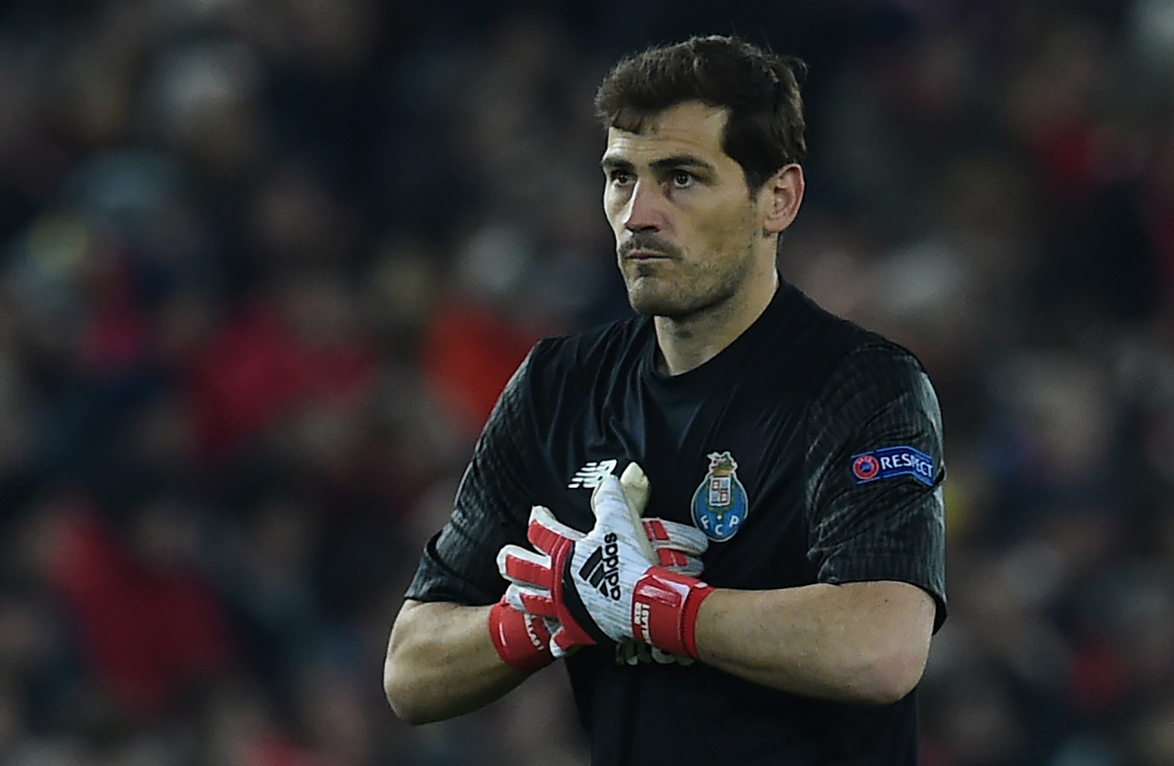 Julio Cesar reveals Jose Mourinho's explosive text message about Iker Casillas
