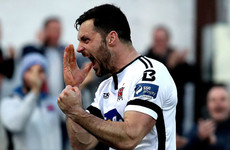 Five-star Dundalk turn on the style to make a swift return to the top
