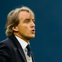 Mancini opens talks to become new Italy manager