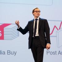 Cambridge Analytica shuts down amid Facebook data crisis
