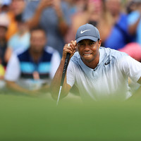 Woods surges into Sawgrass contention with lowest round of season