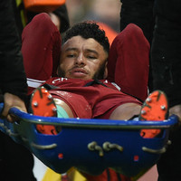 Liverpool blow as Oxlade-Chamberlain ruled out until November