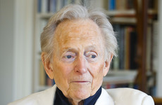 'Bonfire of the Vanities' author Tom Wolfe dies aged 88